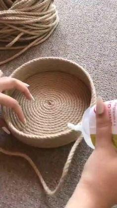 Diy Crafts For Home Decor, Diy Crafts Hacks, Diy Crafts For Gifts, Rope Decor, Jute Crafts, Macrame Design, Boho Diy, Sisal, Diy Art