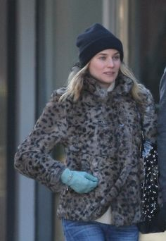 5f1ba1879346 Look of the Day  Diane Kruger + Chanel Gloves