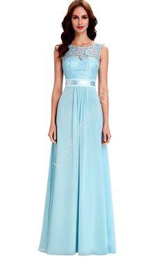 Szyfonowa skromna błękitna suknia z koronką   błękitne sukienki