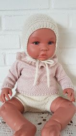Northernchild: Enkel dukkekyse Child Doll, Baby Dolls, Barbie Clothes, Diy Clothes, Doll Patterns, Knitting Patterns, Beautiful Dolls, Beautiful Children, Knit Crochet