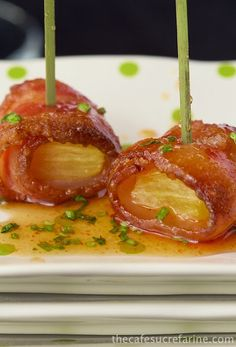 Candied Bacon-Wrapped Pineapple w/ Honey-Sriracha Dipping Sauce Recipe ~ Wonderful Appetizer!