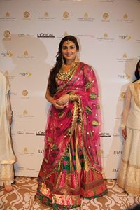 Huma Qureshi brimmed with sophistication as she walked the ramp for Ashima-Leena on Day 4 of India Bridal Fashion Week, 2013