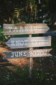 Knot Tying sign