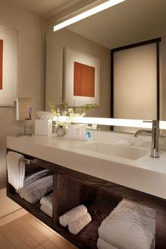 Antique Deluxe Bathroom Vanity, Bathroom Painting Ideas