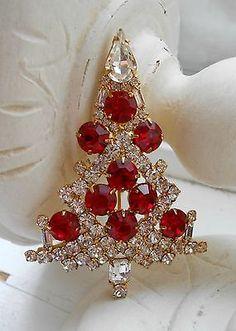 Eisenberg Ice Brooch: Christmas Tree - Red and Clear Rhinestones Jewelry Tree, Art Deco Jewelry, Fine Jewelry, Antique Jewelry, Vintage Jewelry, Jeweled Christmas Trees, Christmas Jewelry, Vintage Costume Jewelry, Vintage Brooches