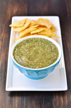 Roasted Tomatillo Salsa (Salsa Verde) by Courtney - (Mexican Everyday by Rick Bayless) Tomatillo Salsa Verde, Roasted Tomatillo Salsa, Salsa Salsa, Tomatillo Sauce, Green Salsa, Homemade Tortilla Chips, Homemade Chips, Super Bowl Menu, Cooking Recipes