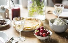 Midsummer, pancakes, little bit of sparkling wine and homemade strawberry jam. Homemade Strawberry Jam, Winter House, Sparkling Wine, Camembert Cheese, Pancakes, Cottage, Ethnic Recipes, Food, Eggs