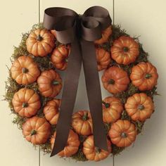 <p>Six Sisters' Stuff offers 25 �tutorials for beautiful, unique fall wreaths. The ribbon wreath, pictured here, has great texture.</p>