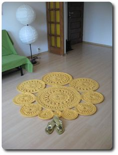 """""""Marsh marigolds"""" carpet"""