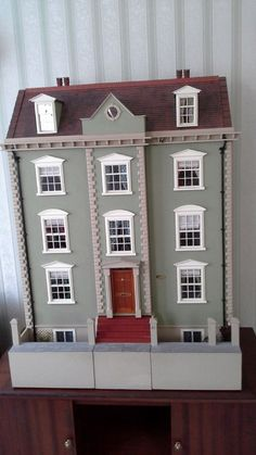 For Sale - Immaculate detailed 12th Scale Georgian Style Town House - The Dolls House Exchange