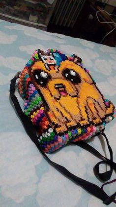 Perler /pony bead backpack by retroyesi Kandi Patterns, Beading Patterns, Diy Kandi Bracelets, Pulseras Kandi, Kandi Cuff, Perler Bead Templates, Peler Beads, Anime Crafts, Perler Bead Art