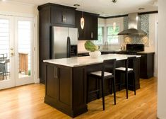 Light Kitchen Cabinets with Dark Countertops . Unique Light Kitchen Cabinets with Dark Countertops . Dark Kitchen Cabinets with Light Countertops Green Wall Paint Colors Dark Wood Kitchen Cabinets, Kitchen Cabinets Pictures, Dark Wood Kitchens, Kitchen Cabinet Remodel, Kitchen Cabinet Design, Kitchen Ideas, Kitchen Rustic, Kitchen Designs, Wooden Cabinets