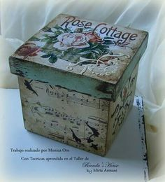 Homemade Crafts, Diy And Crafts, Arts And Crafts, Cardboard Crafts, Paper Crafts, Altered Cigar Boxes, Decoupage Box, Hat Boxes, Vintage Box