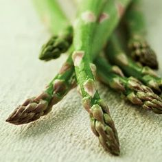 6 Facts About Asparagus and Why You Should Eat More ~ HealthyAeon