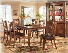 Table de salle à manger - 95,00$  Endommagé Collection La Salle /D491-35|LOT000340/ Dining room table - 95,00$  Damaged La Salle Collection