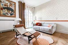Une chambre d'amis devient salon et bureau, sur le thème suite chic et design.