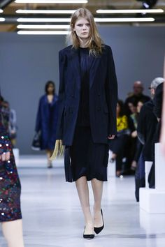 Nina Ricci Ready To Wear Fall Winter 2015 Paris