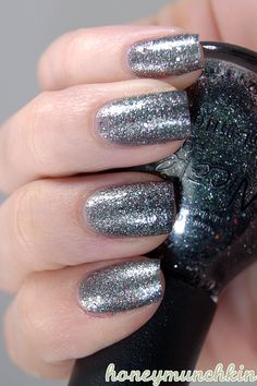 - I've seen fairly little of Nicole by OPI, and I've never seen them in Swedish stores (please correct me if I'm wrong!), and was surprised when I saw the shape of the bottles. Glitter Paint Additive, Nicole By Opi, Metallic Nail Polish, Glitter Mason Jars, Sparkle Nails, Swatch, Nail Designs, Nail Art, Shapes