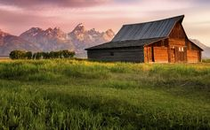 Barns are a common sight in rural parts of the country. Check out a few in our barn gallery. http://acreagelife.com/galleries/old-country-barns