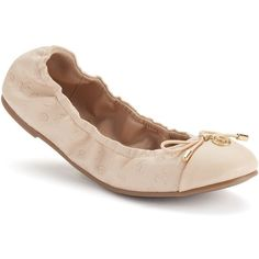 Juicy Couture Women's Scrunch Ballet Flats, Size: 9, Nude (140 RON) ❤ liked on Polyvore featuring shoes, flats, nude, nude flats, ballerina flats, scrunch flats, ballet flat shoes and round toe ballet flats