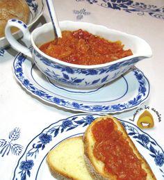 Oggi friggione o frizzan una ricetta bolognese ,un antico tradizionale piatto di verdure (pomodoro e cipolle) cotte lentamente in padella.Pensate che la ricetta