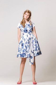 "mrspomeranz on Etsy. White & blue print cotton 1950s style ""Garden Party"" dress."