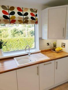 Wooden Kitchen, New Kitchen, Kitchen Ideas, White Gloss Kitchen, White Sink, Kitchen Worktop, Wood Countertops, Wooden Tops, Kitchen Inspiration