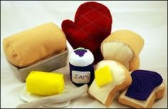 Download Felt Food: Homemade Bread, Pan, Oven Mitt and More Sewing Pattern | Crafts Downloadable Sewing Patterns | YouCanMakeThis.com