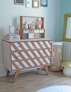 Online shopping from a great selection at Baby Store. Upcycled Furniture, Cool Furniture, Painted Furniture, Cabinet Furniture, Furniture Makeover, Home And Deco, Cabinet Design, Home Staging, Home Decor Bedroom