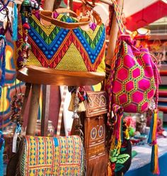 Milagros Mundo colorfull #Hippy #Gypset  wannahaves bags spotted