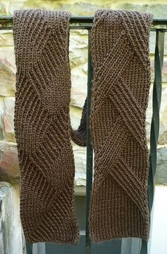 Free Pattern: Rippenschal - My Favourite Ribbed Scarf by Margarete Dolff by happycapatiller7