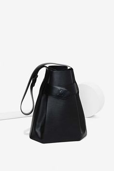 Vintage Louis Vuitton Sac D?Epaule Epi Leather Bag | Shop Vintage at Nasty Gal