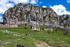 Fent camí: Peguera: un poble abandonat, al Berguedà