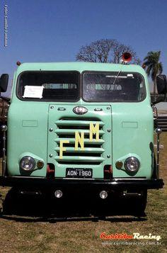 As fotos do 1º Encontro Brasileiro de FNM e Caminhões Antigos | Curitiba Racing