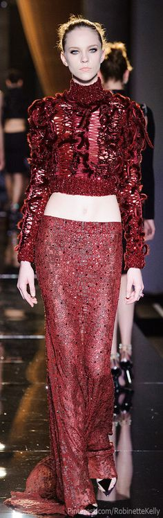 Versace Atelier Haute Couture | F/W 2013. Pinned this look in black below from another site. I LOVE this look from Versace! This is a fave color, and the top design is amazing. The midriff is coming back, ladies!