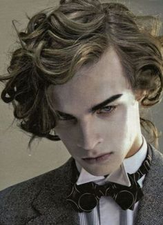 Victorian Curly Medium Hairstyles for men hair poses – Hair Models-Hair Styles Pretty People, Beautiful People, You're Beautiful, Fotografie Portraits, Dorian Gray, Photo Reference, Character Reference, Kissing Reference, Male Face
