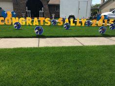 Graduation yard greeting/signs