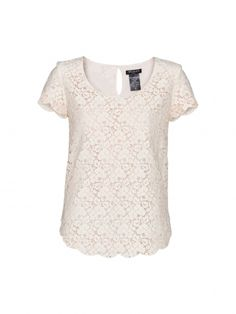 LOVE lace tops!!