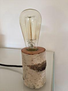 """[einzelteil berlin]: [einzelteil] II - Tischlampe """"Glowing Woods"""" aus Birkenstamm mit Vintage Leuchtmittel und Textilkabel"""