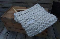 cowl knitted in garter stitch, needles size 50 25 mm, yarnkits at www.min-design-strikk.no