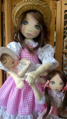 Bonecas de pano. Mãe e filhas. Soraia Flores.
