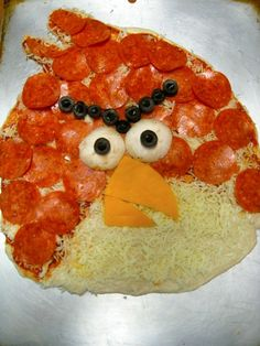 Angry Birds Pizza! This would be fun to make :)
