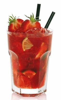 Try this strawberry Caipiroska cocktail. #strawberry #caipiroska #cocktail