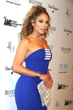 /jennifer_lopez .....that's another color accessory must have