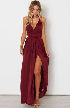 Akela Maxi Dress Merlot Akela Maxi Dress Merlot Source by . Read more The post Akela Maxi Dress Merlot appeared first on How To Be Trendy. Gala Dresses, Formal Dresses, Elegant Dresses, Casual Dresses, Dresses Dresses, Summer Dresses, Wedding Dresses, Wedding Guest Attire, Merlot Bridesmaid Dresses