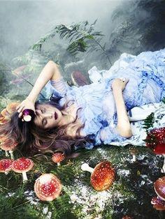 Chris Craymer - Fashion Photography - Alice In Wonderland Concept Ideas - Fantasy - Storytime Fantasy Photography, Fashion Photography, Fairy Tale Photography, Alice In Wonderland Photography, Whimsical Photography, Fantasia Marilyn Monroe, Fantasy World, Fantasy Art, Fantasy Paintings