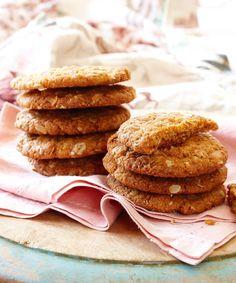 Australia's oldest Anzac biscuit recipe: a brief history Biscuit Cookies, Breakfast Cookies, Biscuit Recipe, Healthy Meals For Kids, Healthy Recipes, Anzac Biscuits, Easy Snacks, Historian