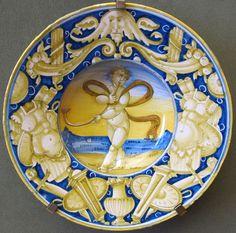 Casteldurante o urbino, tondino con putto tra trofei, 1530-40 ca.JPG