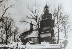 Drewniany kościół w Zembrzycach .