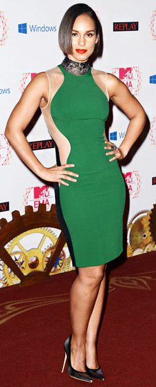 fc69bda1ae Alicia Keys in Stella McCartney Hourglass Dress